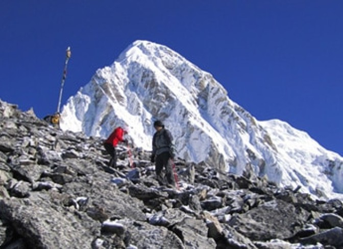 Mt Pumari and view point Kalapathar