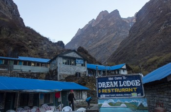 Deurali- annapurna - base- camp- trek