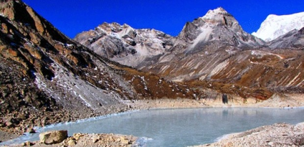 Everest Gokyo Chola Pass Everest base camp trek