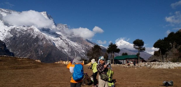 Family adventure holiday mount Everest