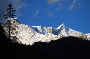 Chame to Pisang- Annapurna circuit trek 10 days