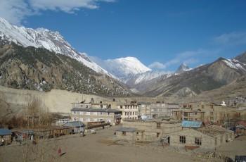Manang village Annapurna circit trek 10 days