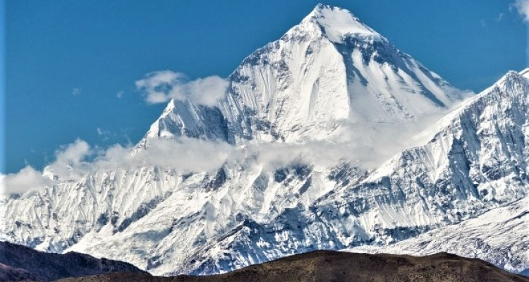 Gurja Himal (7,193m)