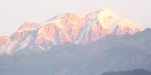 Lamjung himal at lamjung siklies trekking