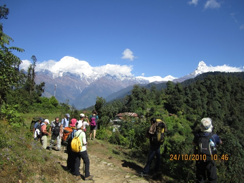 Nepal Adventure Tour- Machhapuchhre Mountain(6996m) and Annapurna Mountain range from Deurali