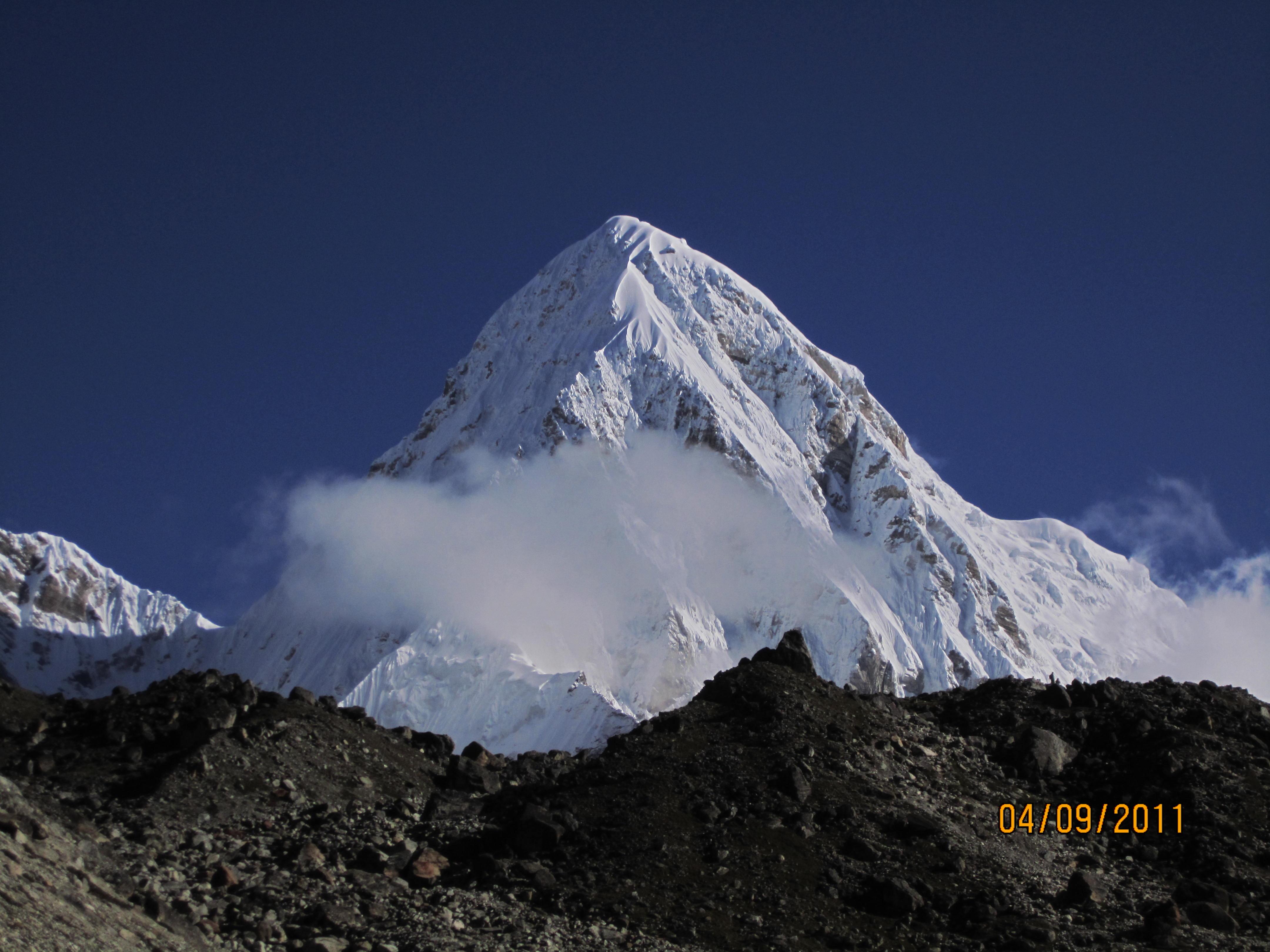 Everest Gokyo Lake Trekking- Mout Pumori