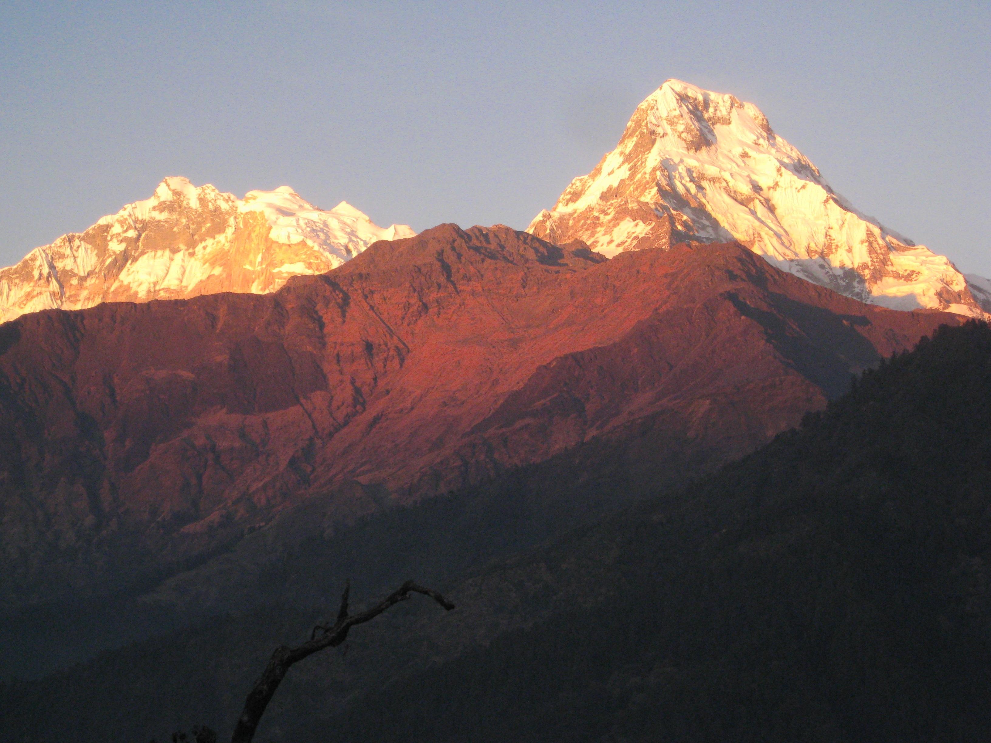 Poon Hill Trek 3 days - Sunset view Annapurna mountain range.