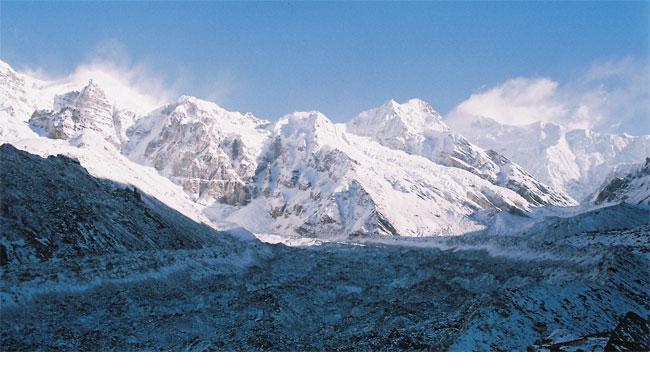 top 10 trekking in nepal kanchenjunga-trek