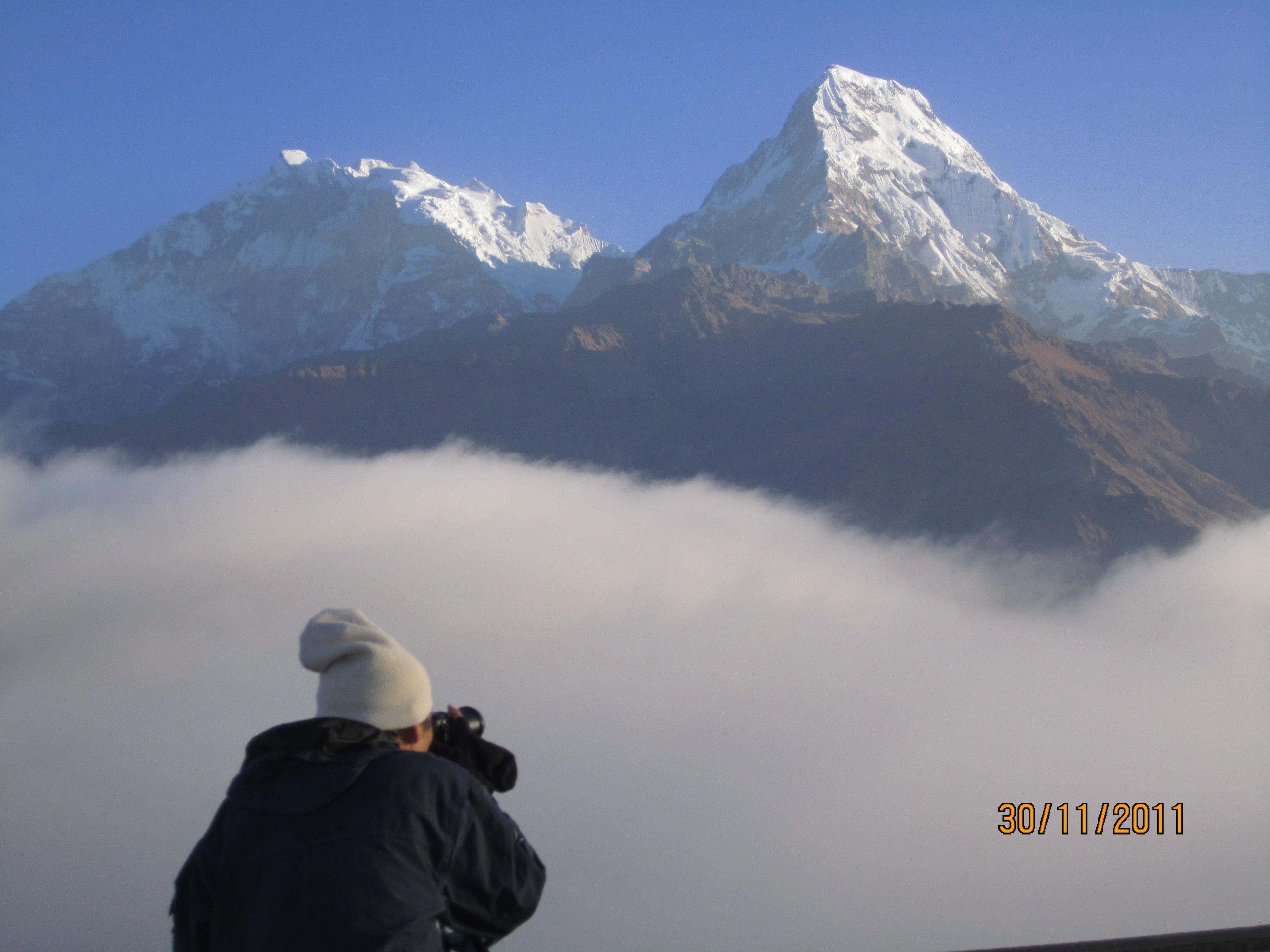 Annapurna sunrise Trek- Annapurna South