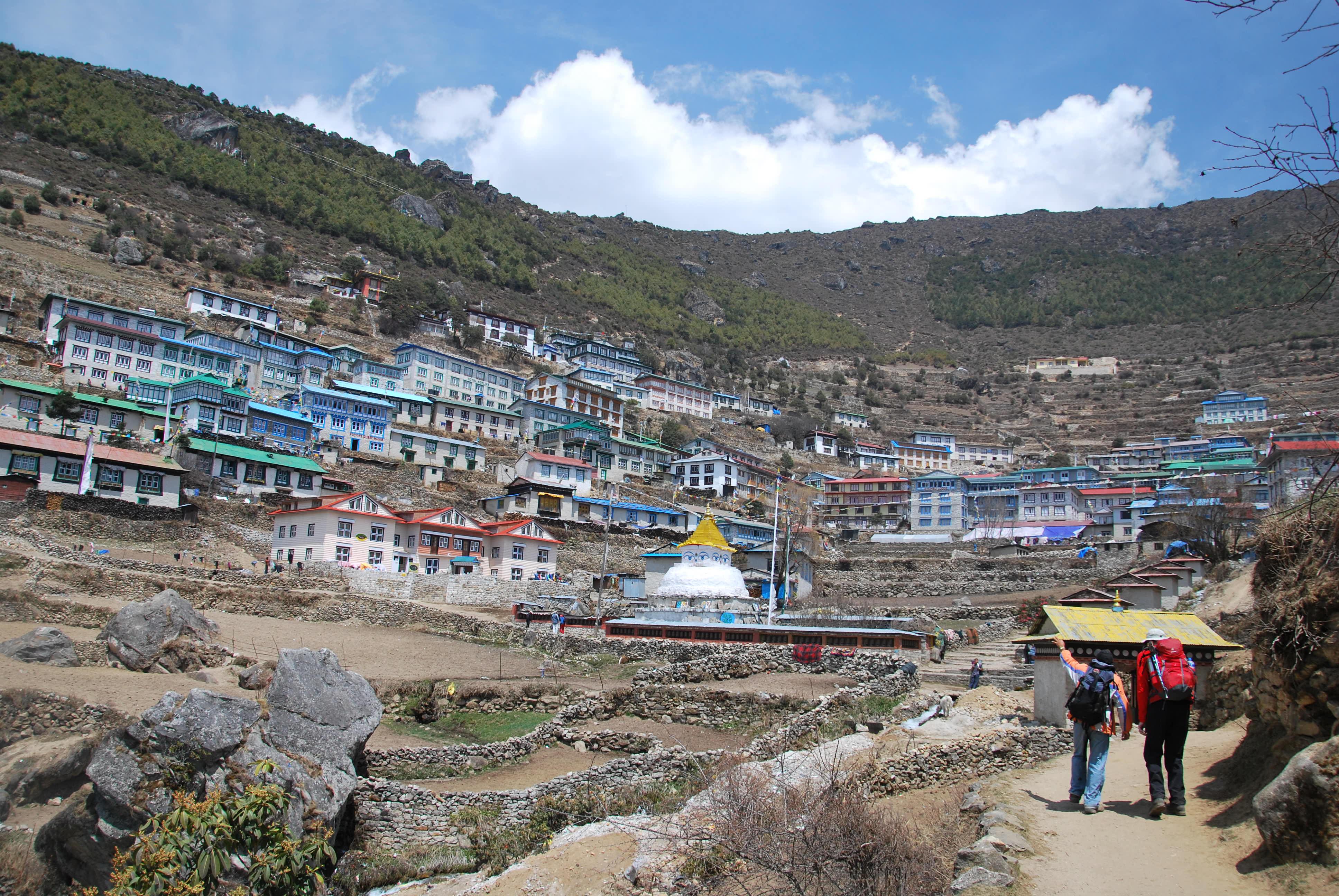 10 day trek Nepal- Namche Bazaar