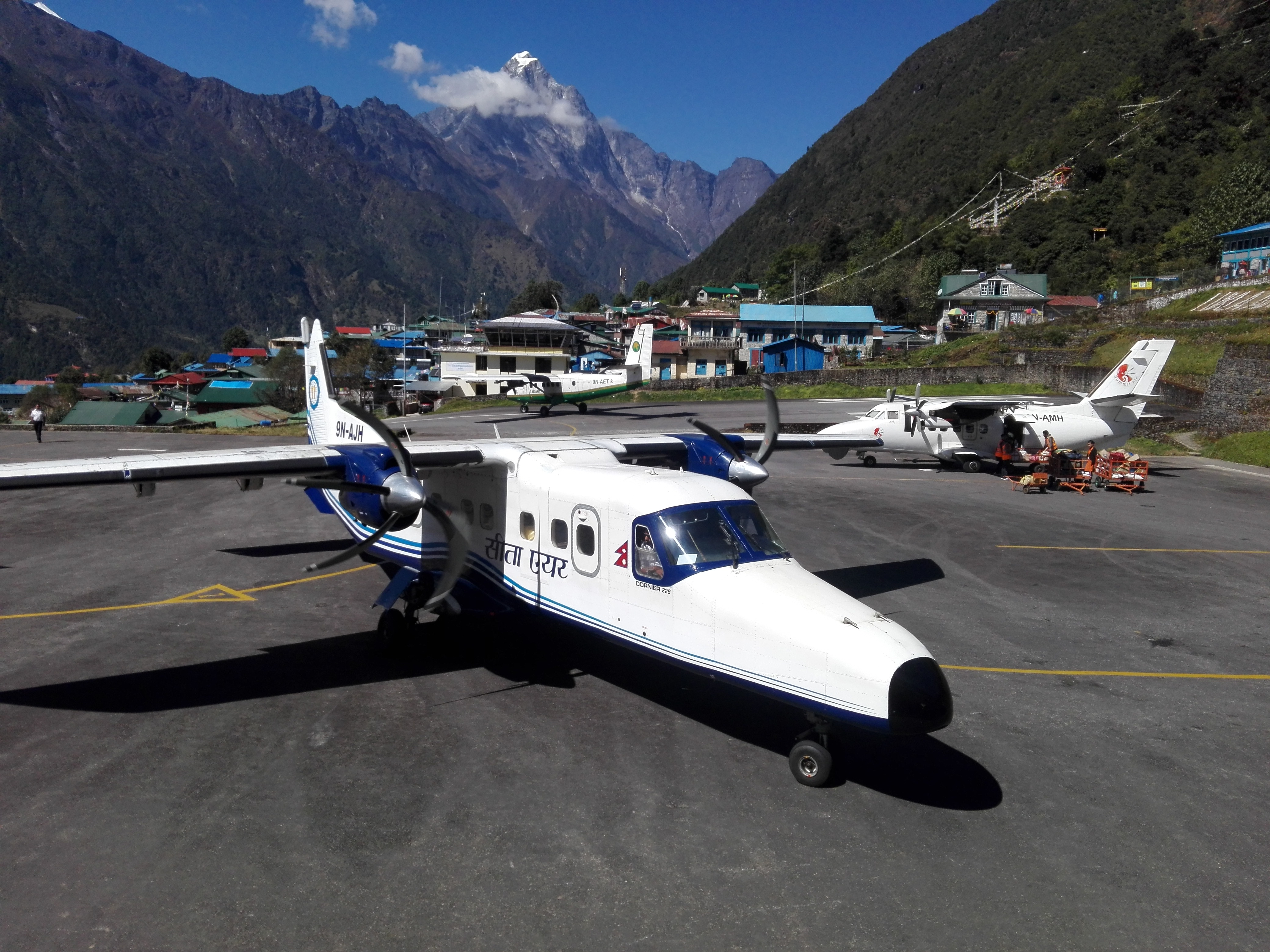 10 day trek Nepal- Lukla Airport